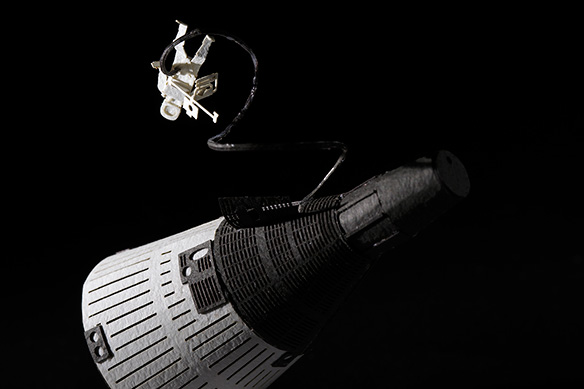 1/100 ARCHITECTURAL MODEL ACCESSORIES SERIES No.56 Gemini Spacecraft + Spacewalk