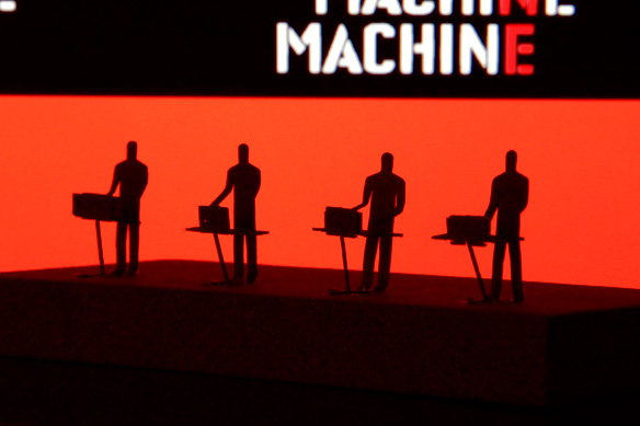 man_machine_002.jpg